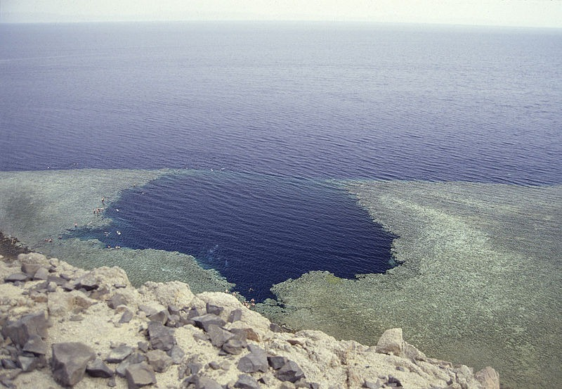 07_deans-blue-hole-3[2]