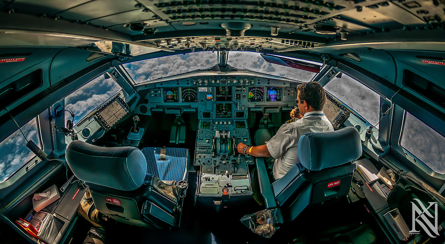 Airline Pilot Took Stunning Photos_02