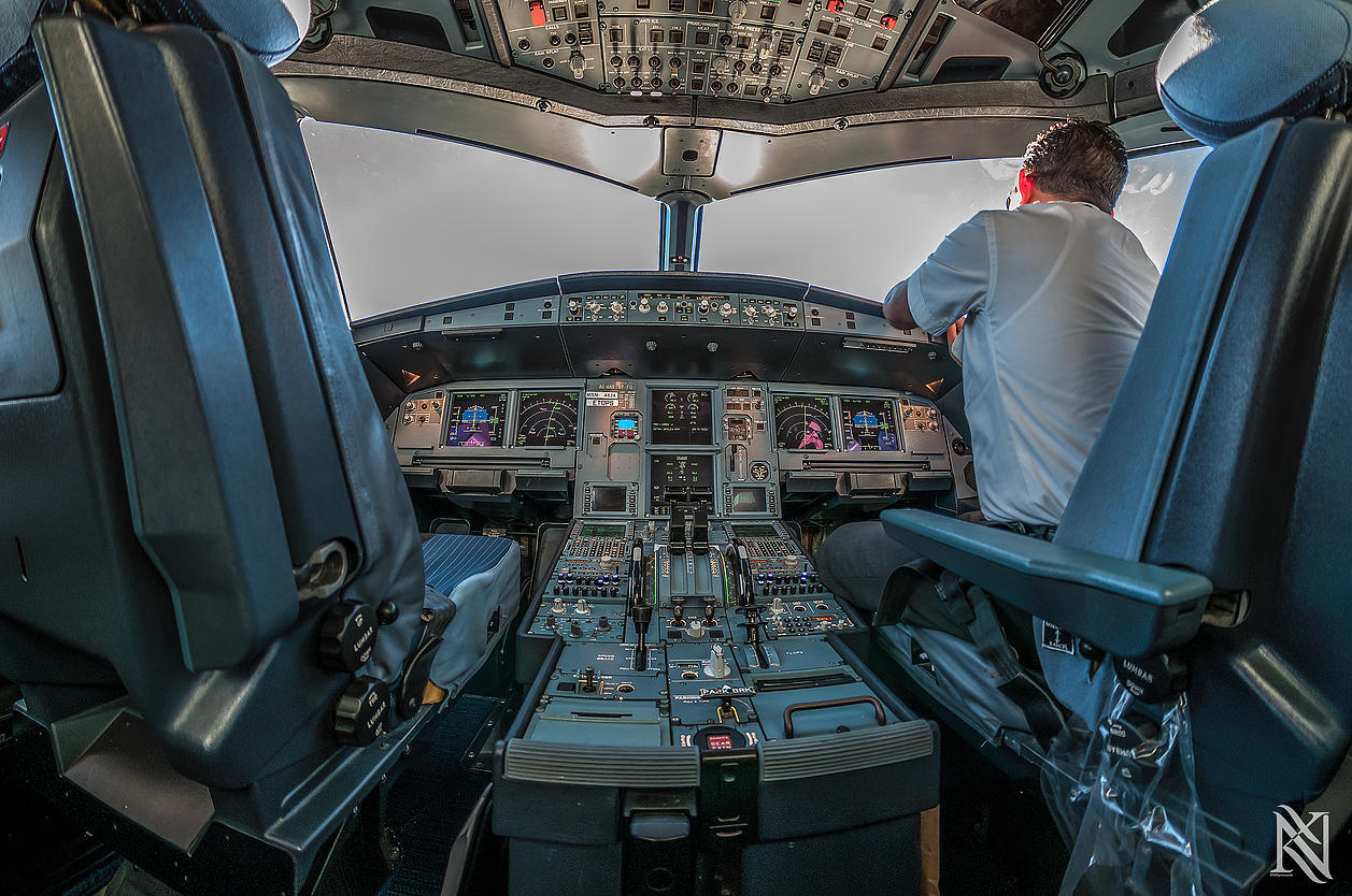 Airline Pilot Took Stunning Photos_10