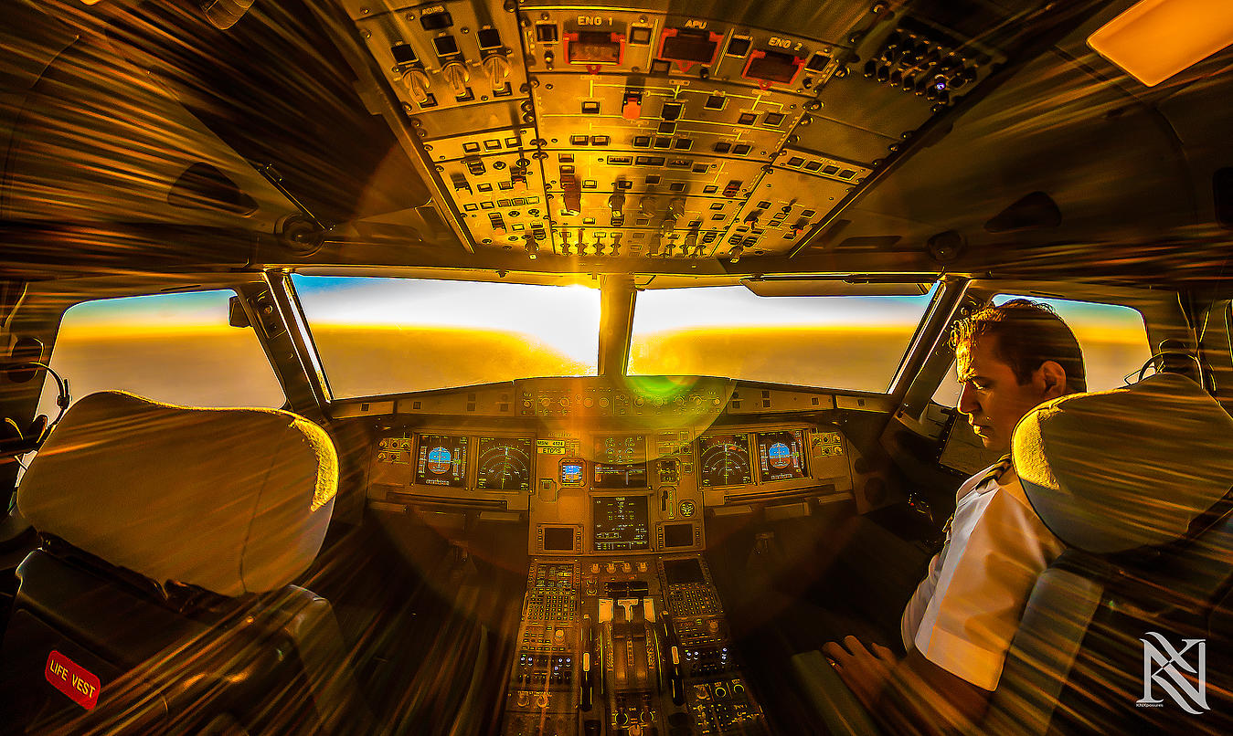 Airline Pilot Took Stunning Photos_13