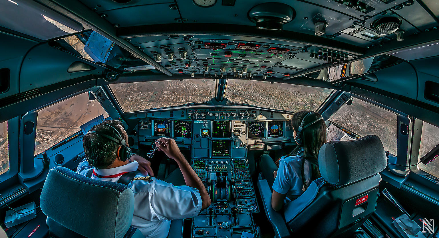Airline Pilot Took Stunning Photos_17