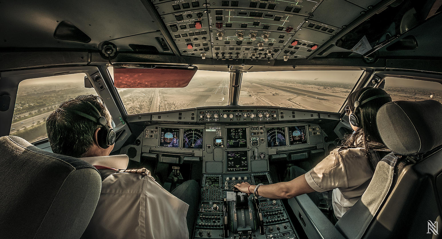 Airline Pilot Took Stunning Photos_18