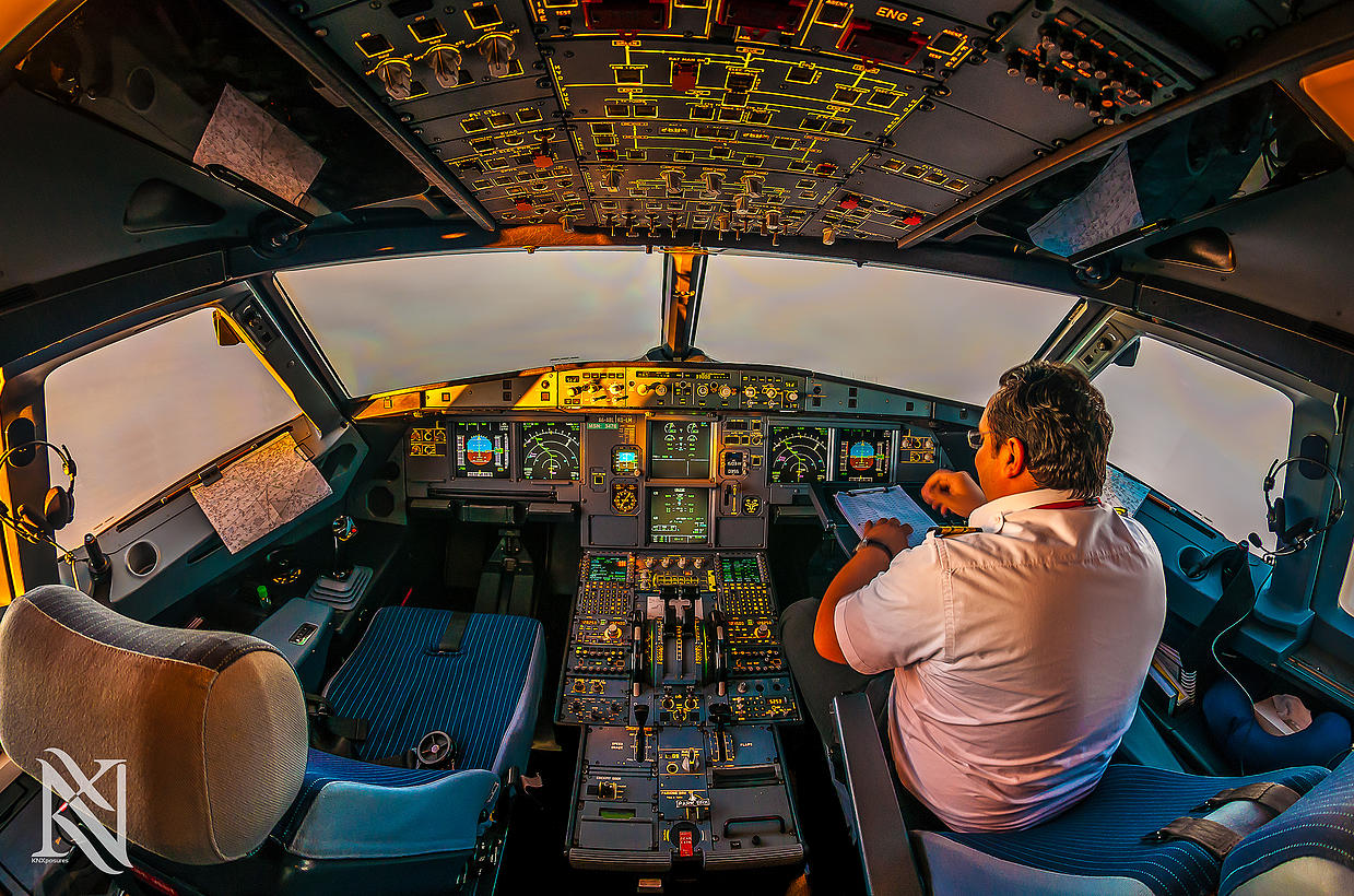 Airline Pilot Took Stunning Photos_23