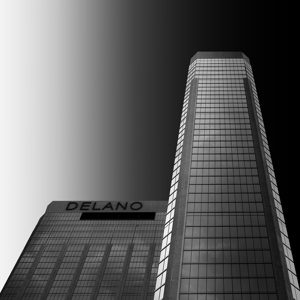 Black and white architecture_03