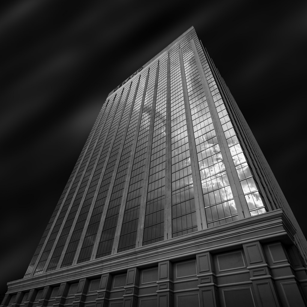 Black and white architecture_05