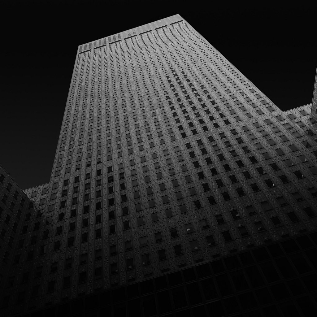 Black and white architecture_09