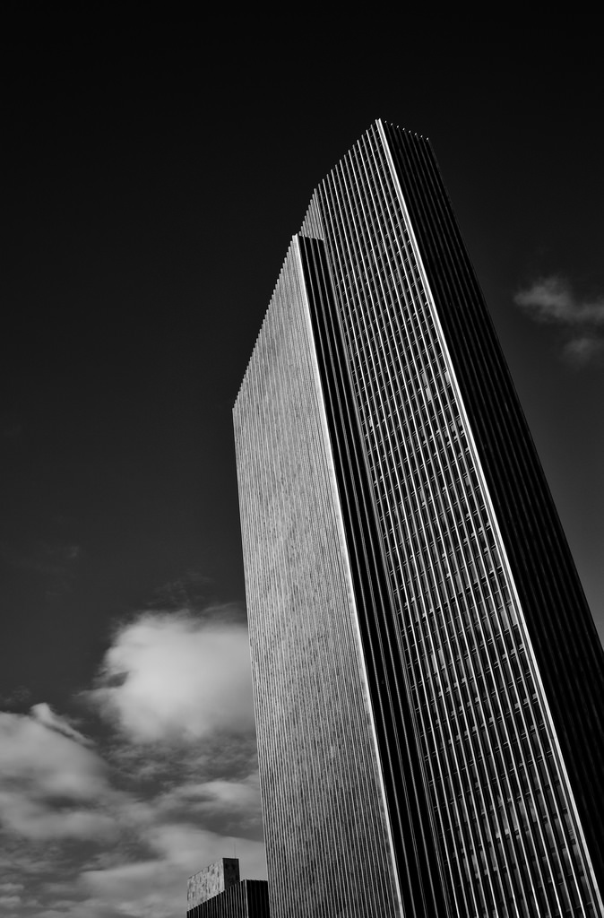 Black and white architecture_27