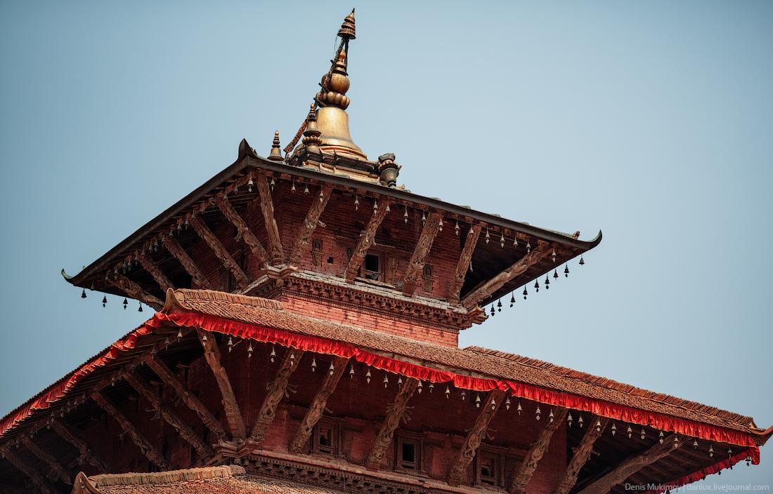Kathmandu. The streets and shrines_05