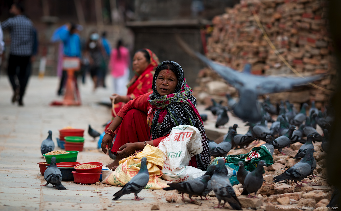 Kathmandu. The streets and shrines_07