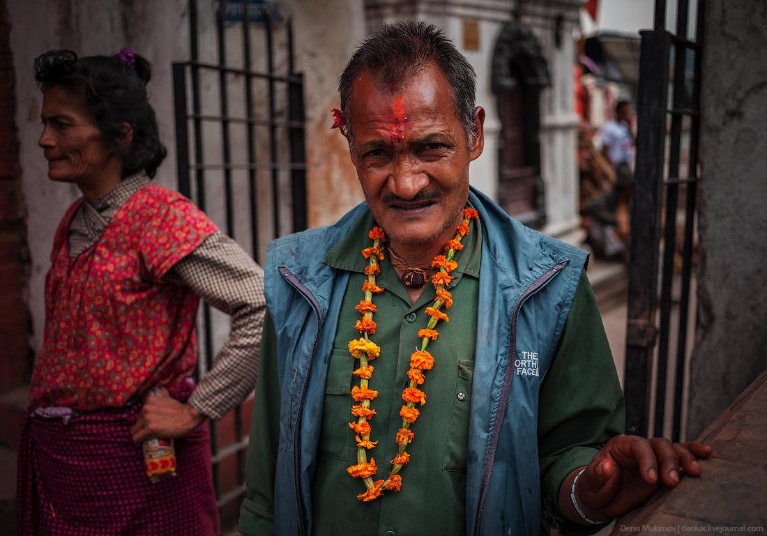 Kathmandu. The streets and shrines_11