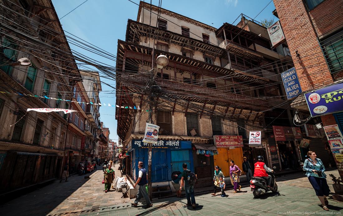 Kathmandu. The streets and shrines_13
