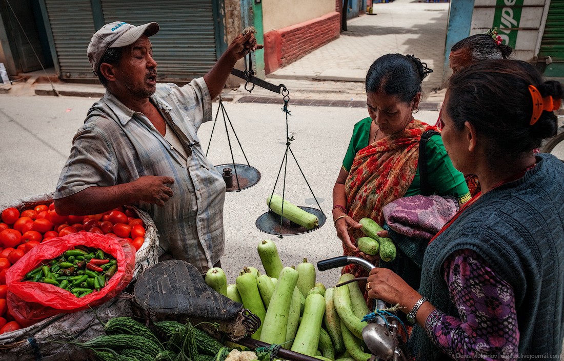 Kathmandu. The streets and shrines_22