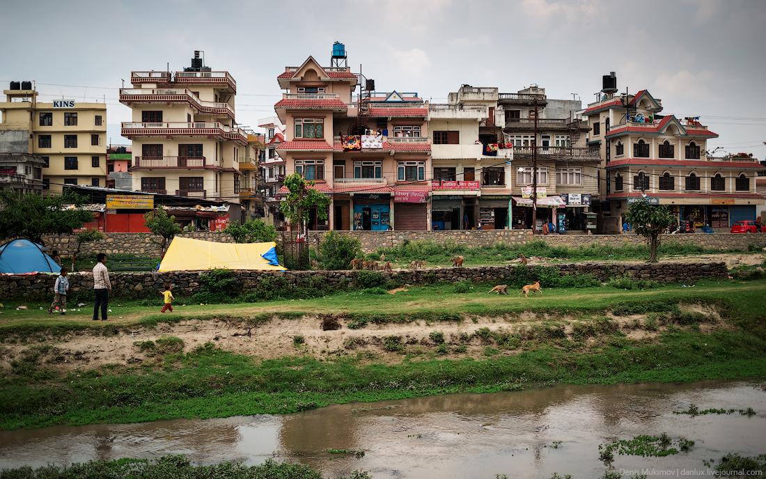 Kathmandu. The streets and shrines_28