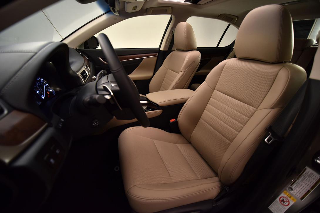 Lexus GS_06