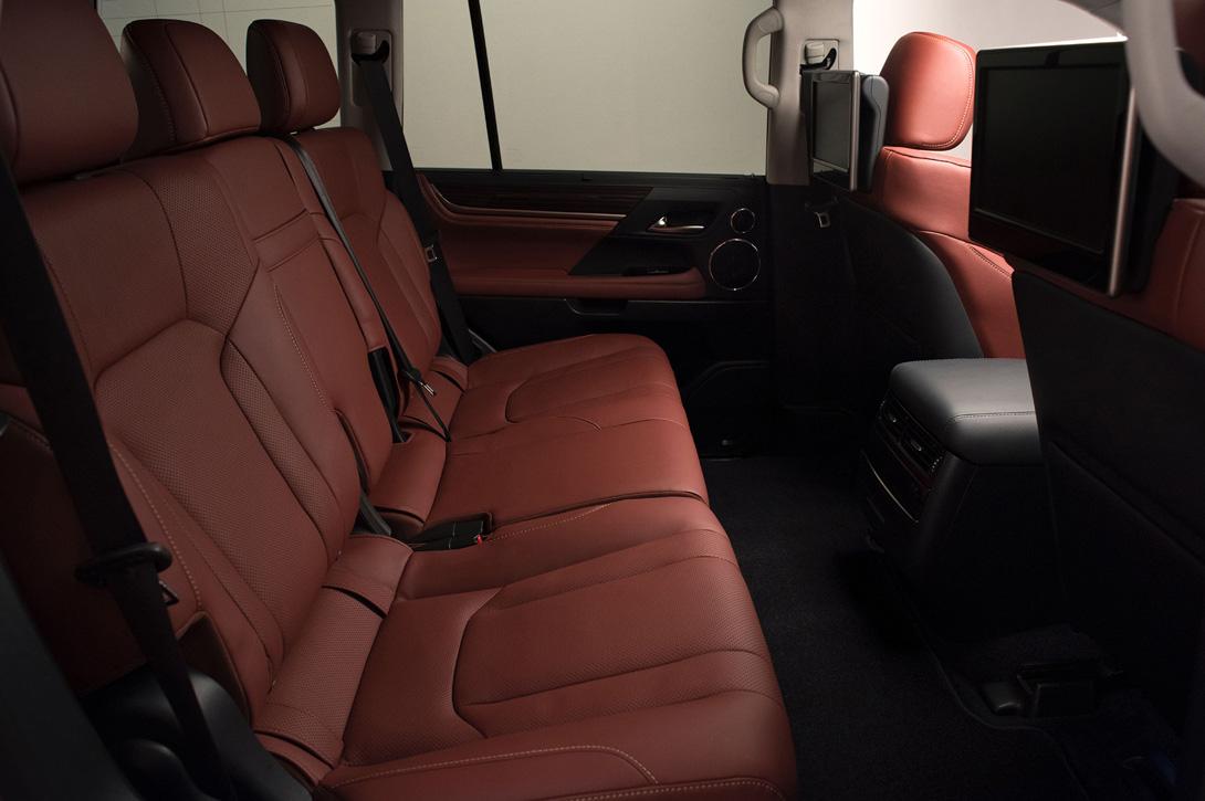 Lexus LX_6