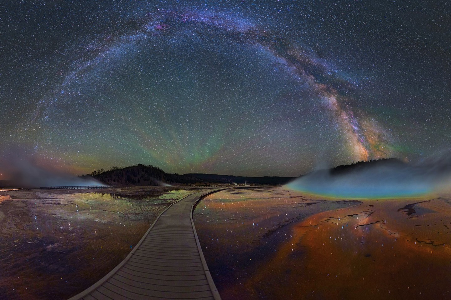 Milky way from Yellowstone Park-20
