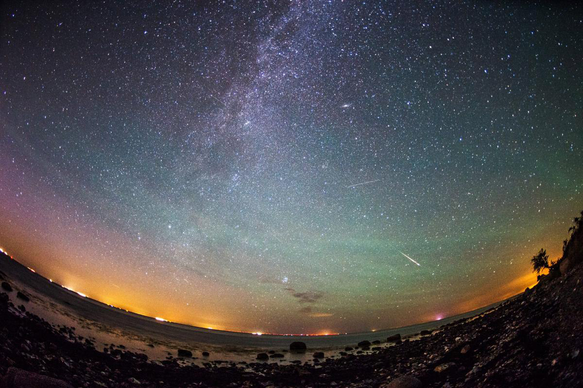 Perseid meteor shower_07