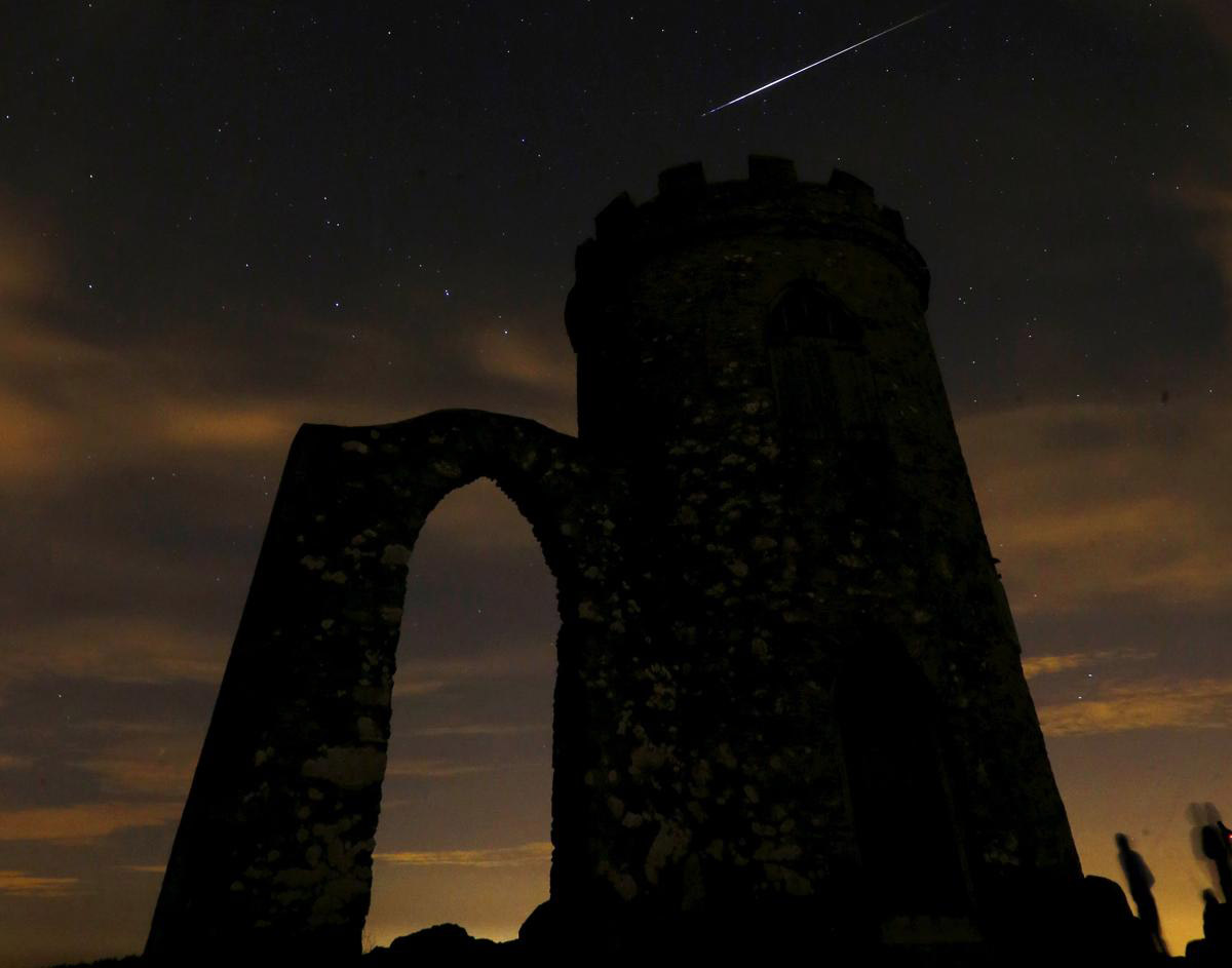 Perseid meteor shower_12