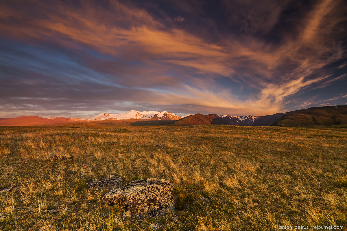 The time of sunset. The Ukok Plateau_07