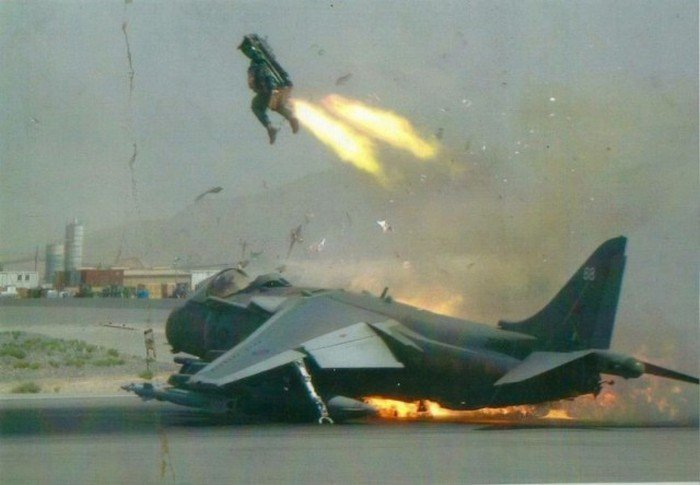 Удачные снимки военных и военной техники, в которых фотографы поймали нужный момент