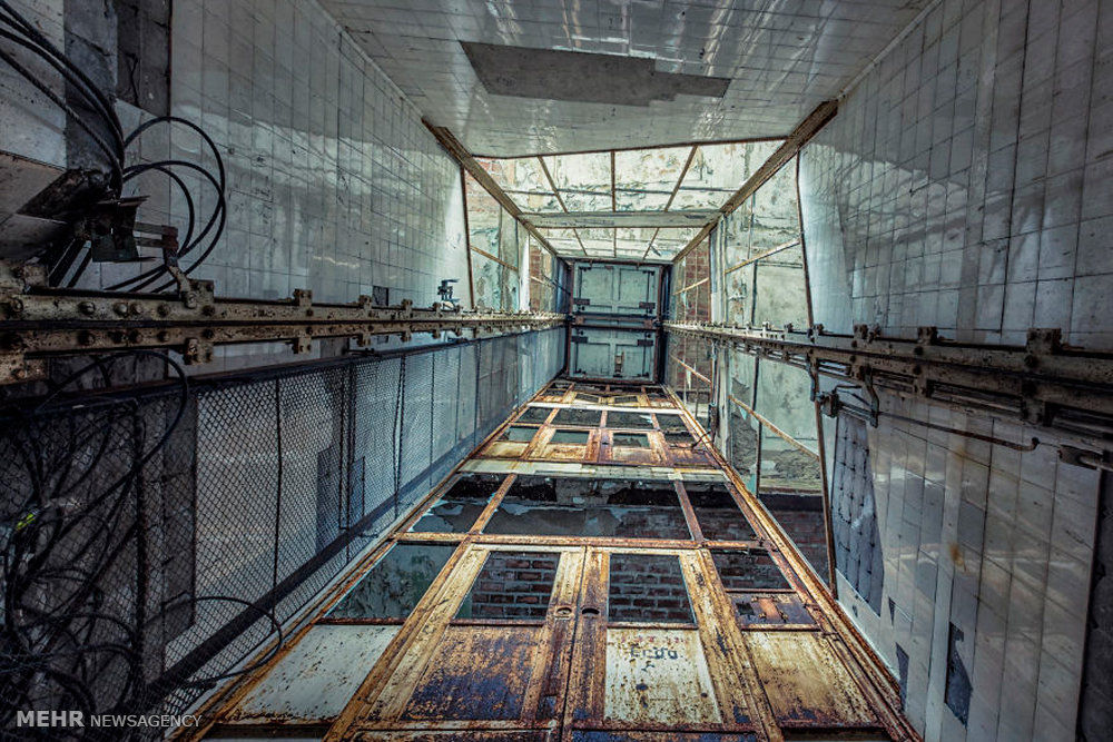 Abandoned Buildings 18