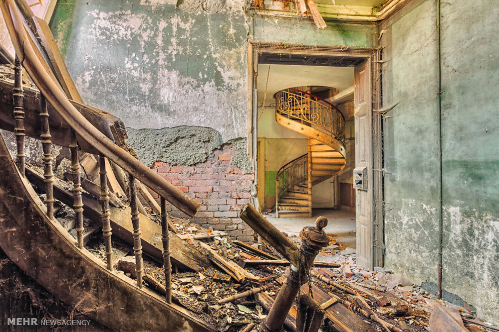 Abandoned Buildings 23