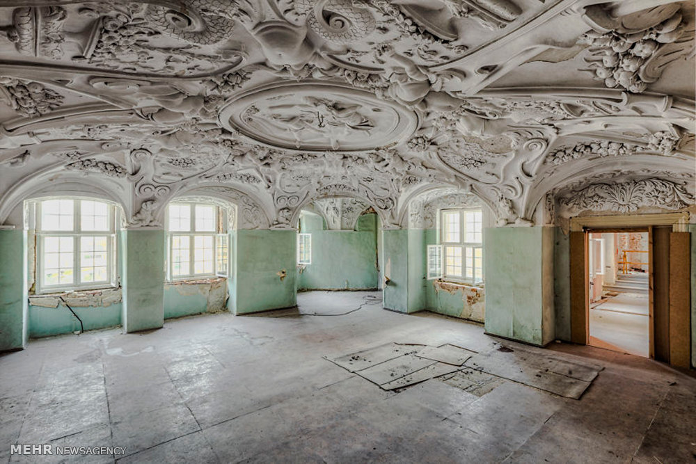 Abandoned Buildings 24