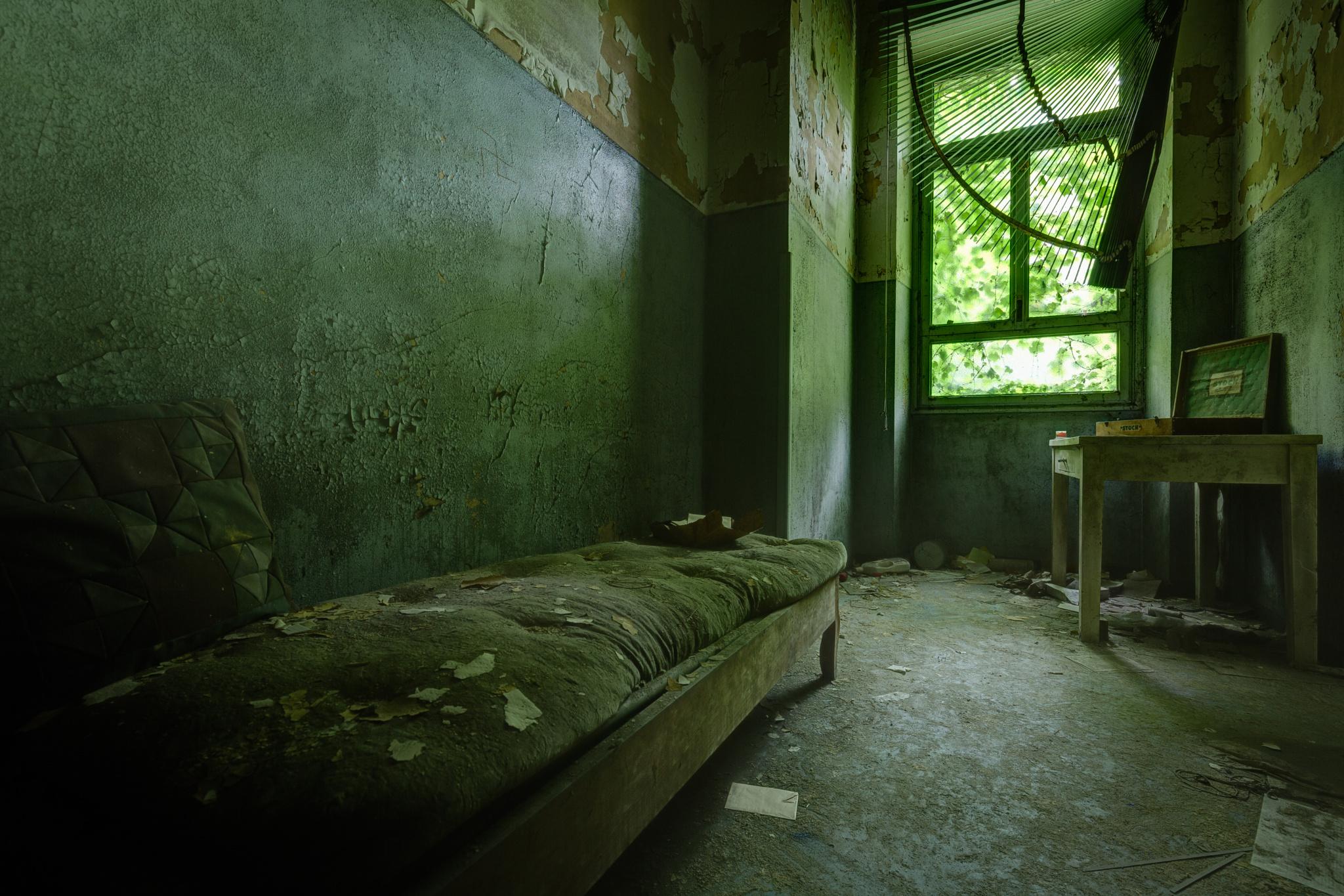 Заброшенные больницы фото 5