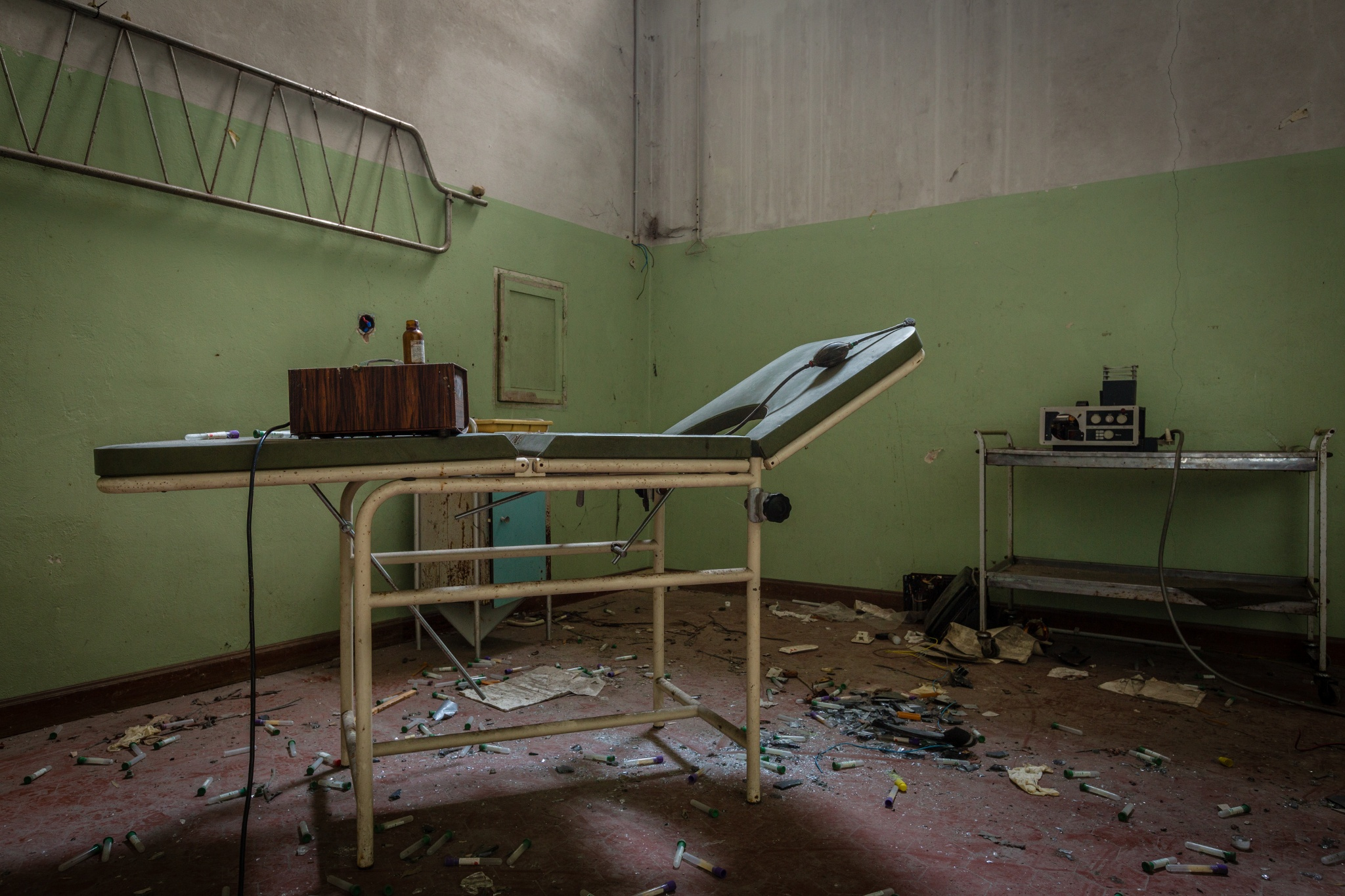 Abandoned psychiatric hospital 07