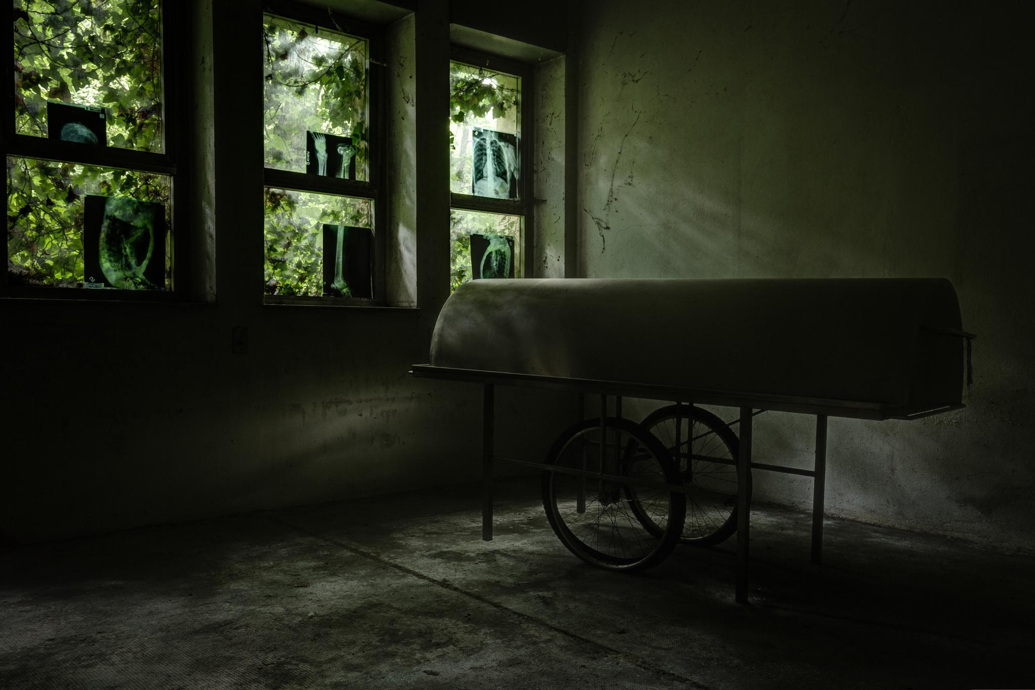 Abandoned psychiatric hospital 17