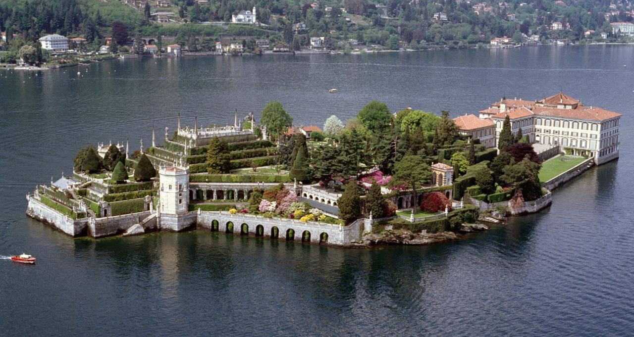 Borromeo Palace 03