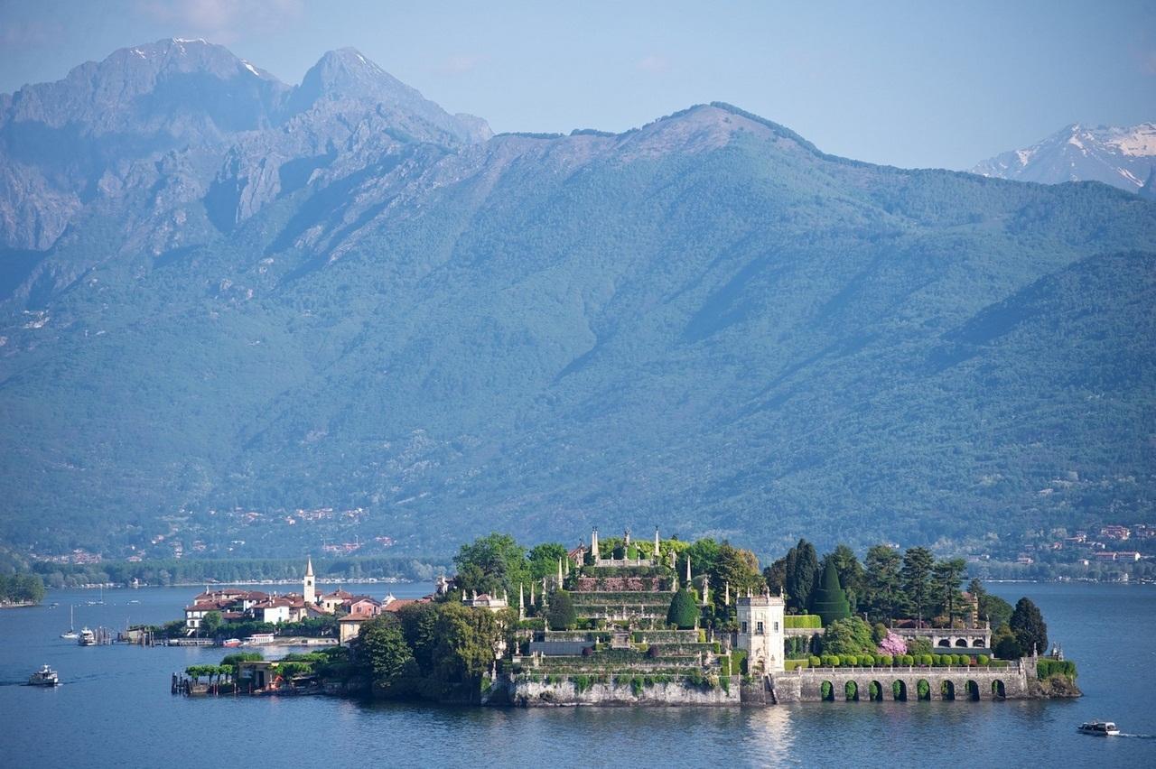 Borromeo Palace 12