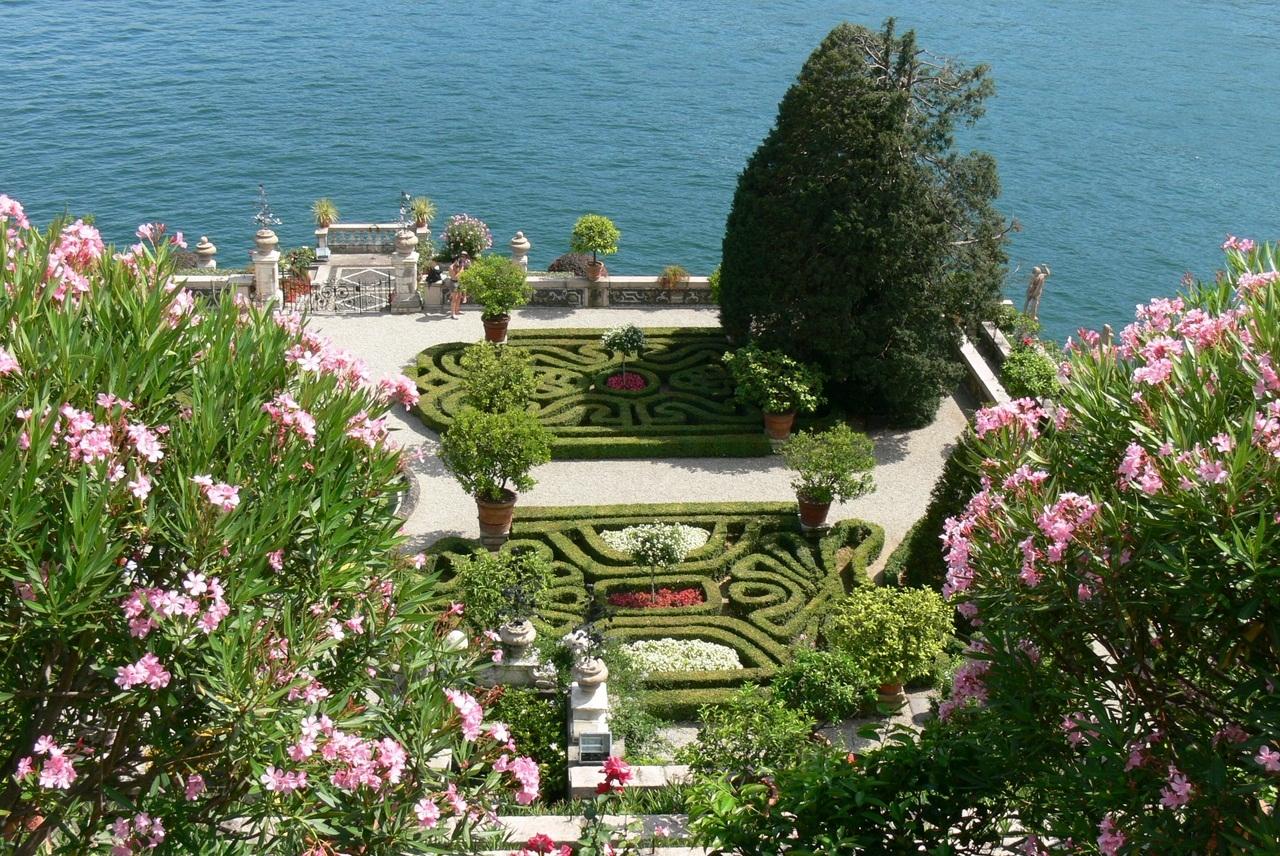 Borromeo Palace 14