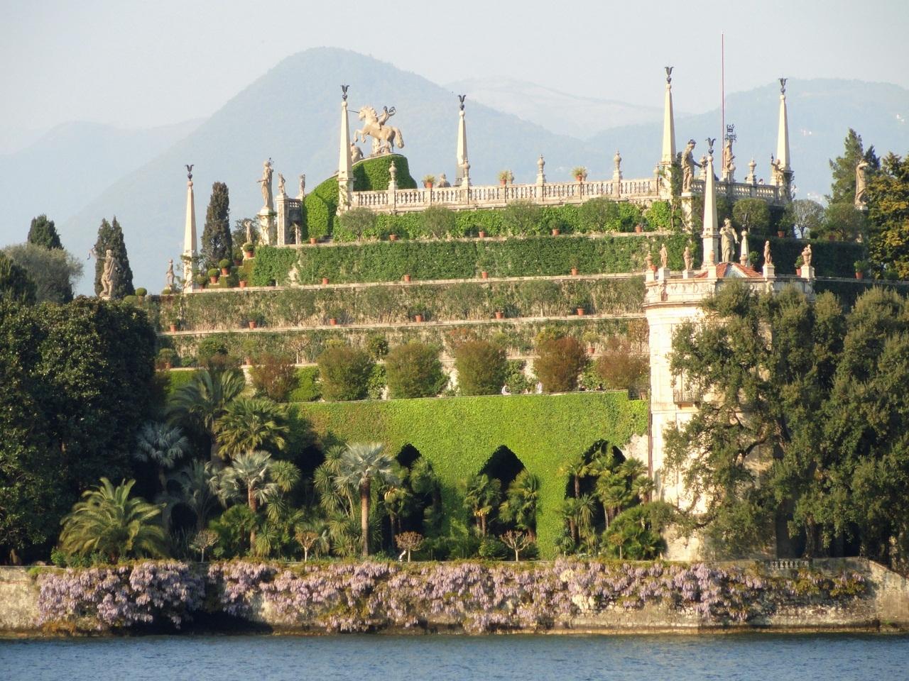 Borromeo Palace 16