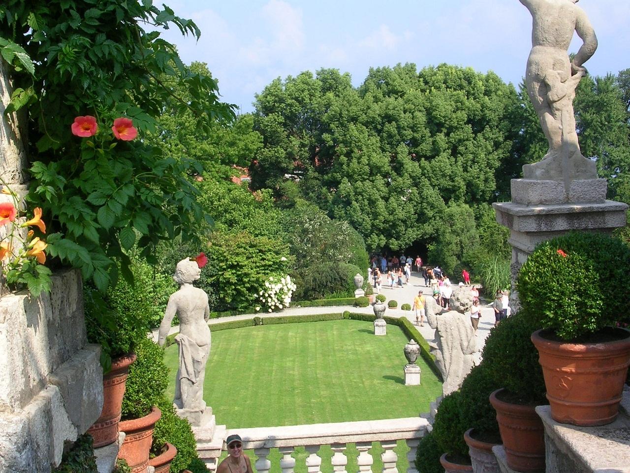 Borromeo Palace 19