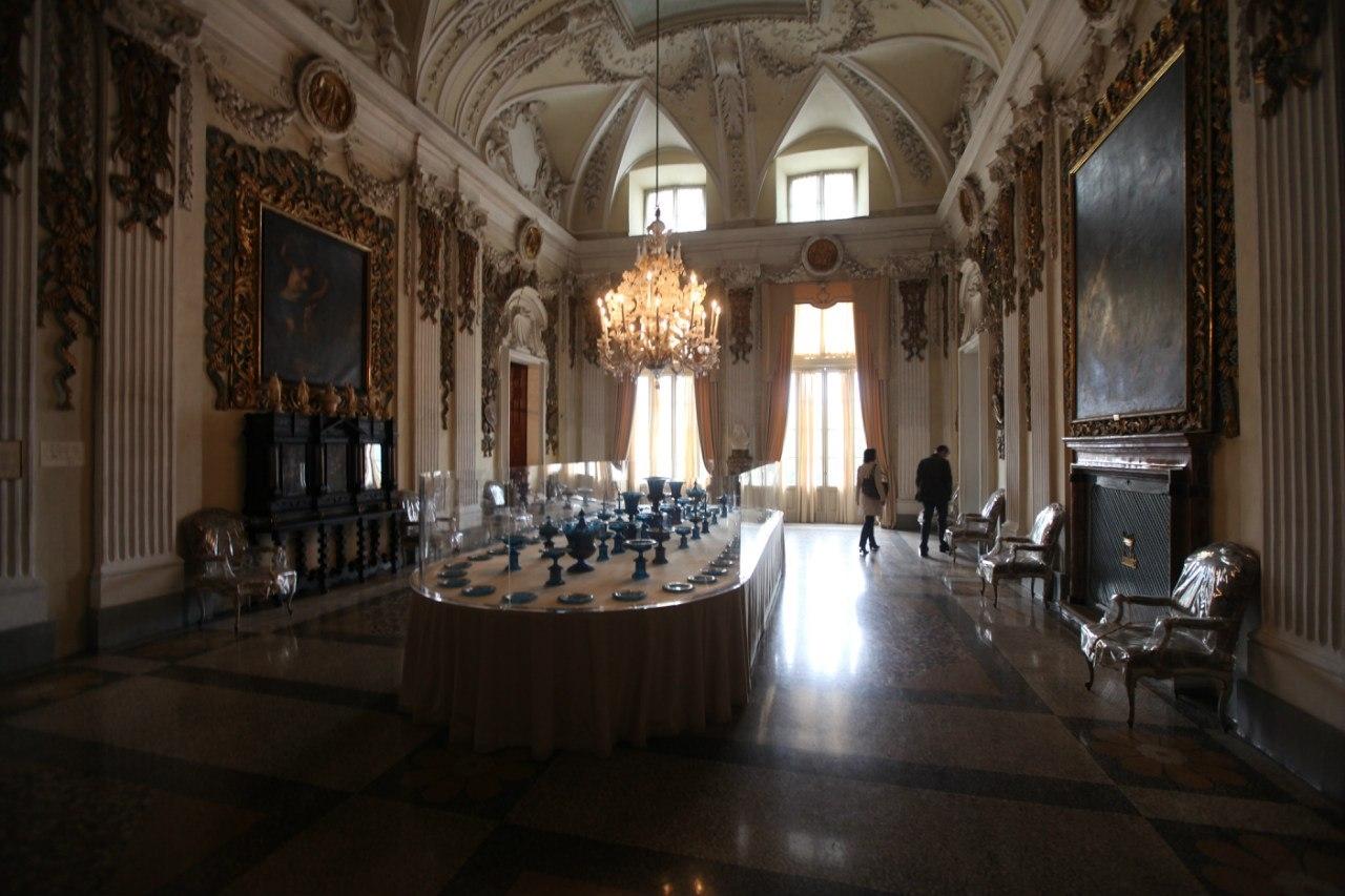 Borromeo Palace 22
