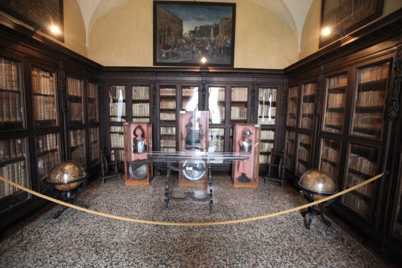 Borromeo Palace 26