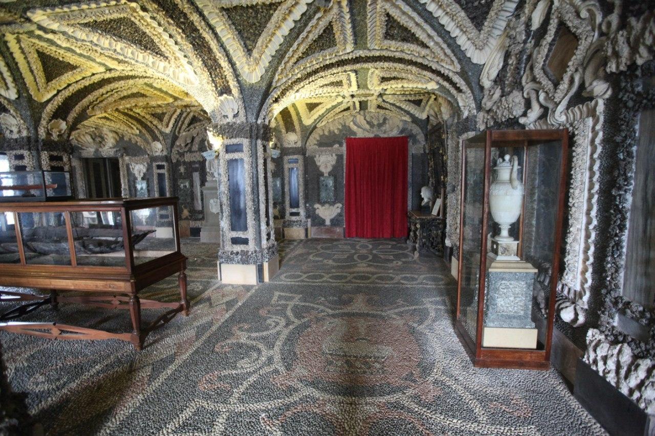 Borromeo Palace 30