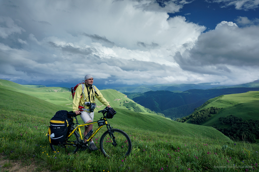 Caucasus on two wheels 14