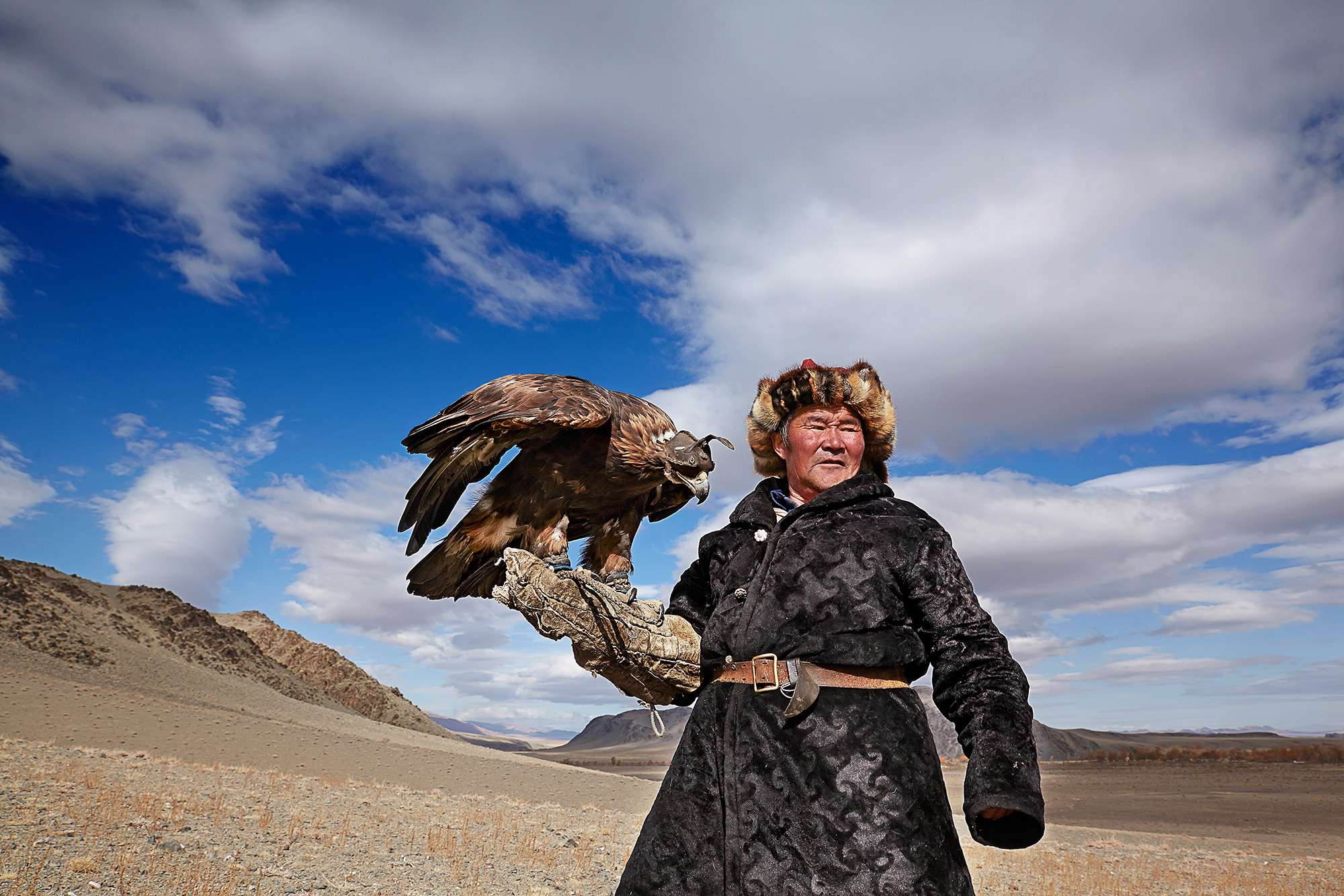 Eagle hunting in Mongolia 03