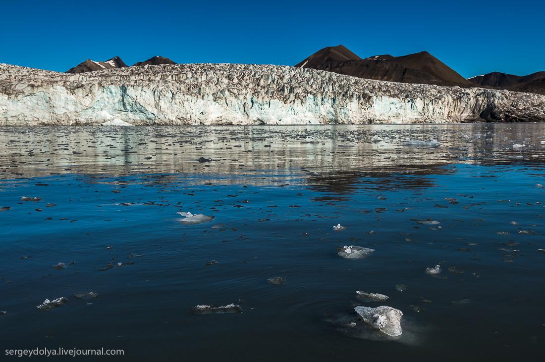 Glacier Esmark 12