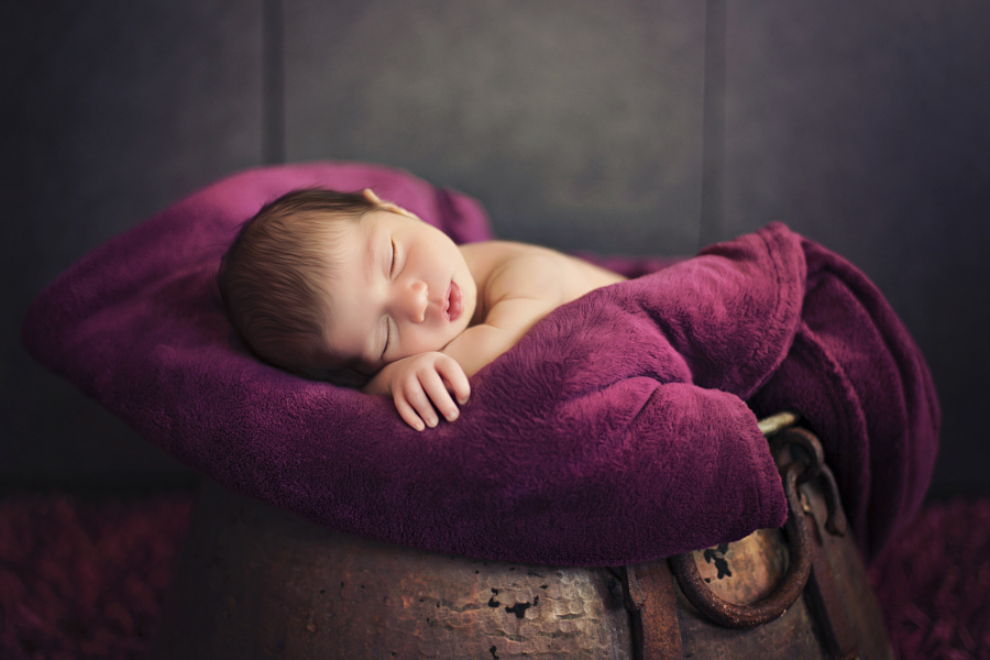 Heartwarming photos of babies 12