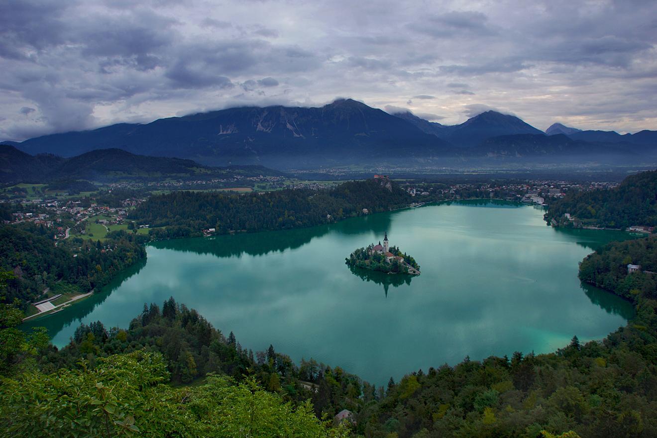 Озеро Блёд — туристическая мекка Словении