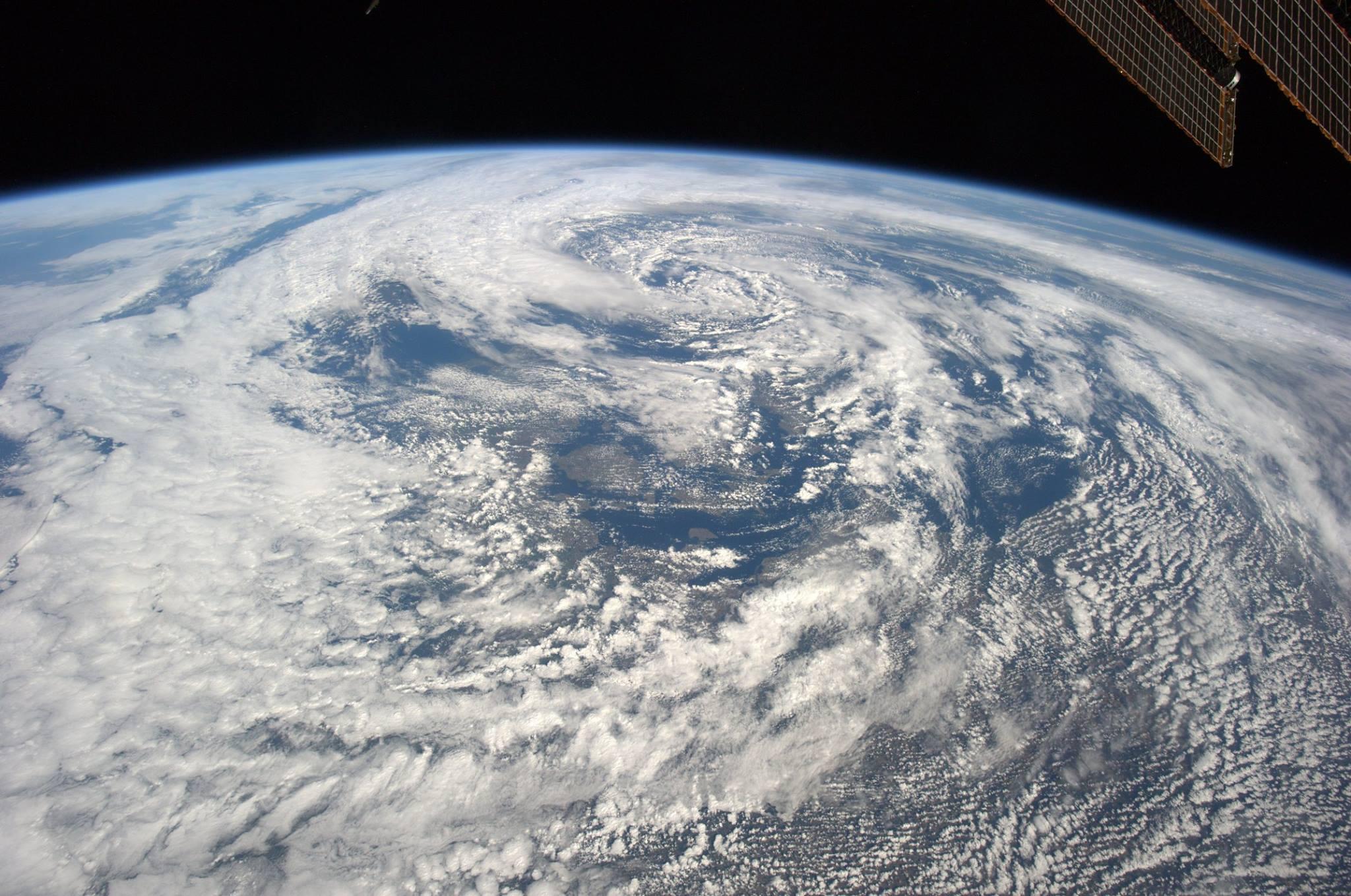 Photos astronaut Alexander Gerst 02