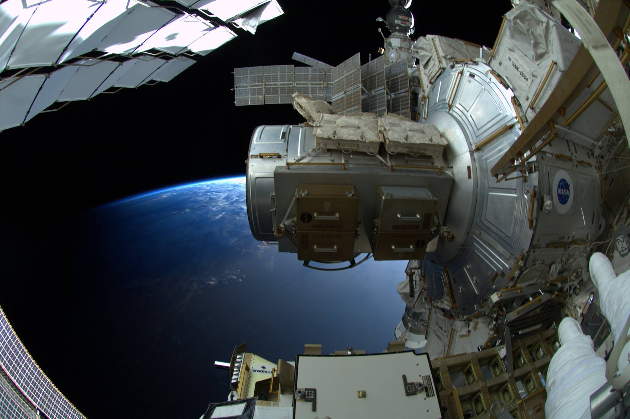 Photos astronaut Alexander Gerst 25