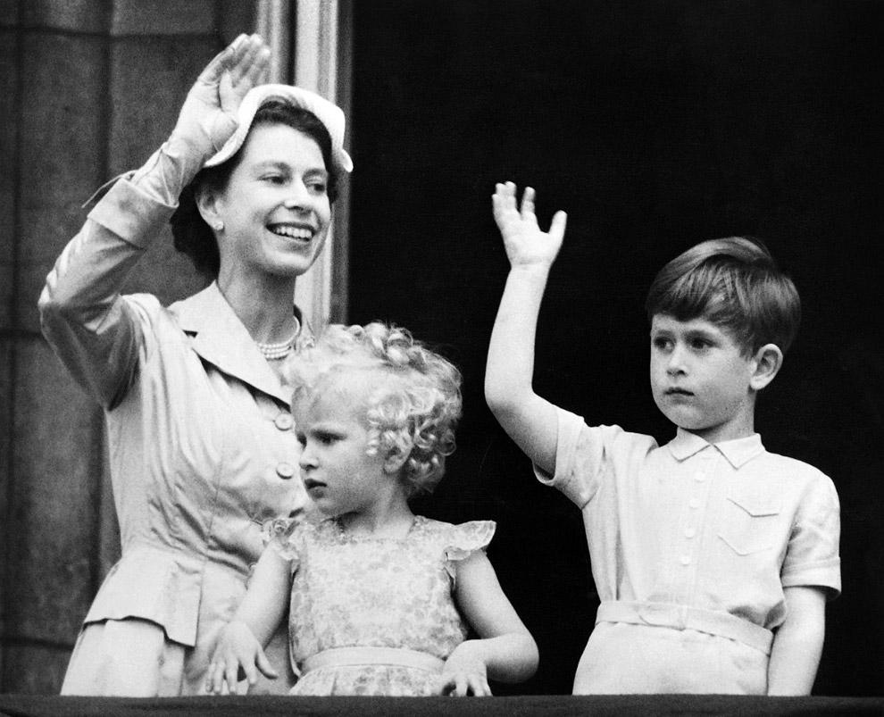 Queen Elizabeth II_05