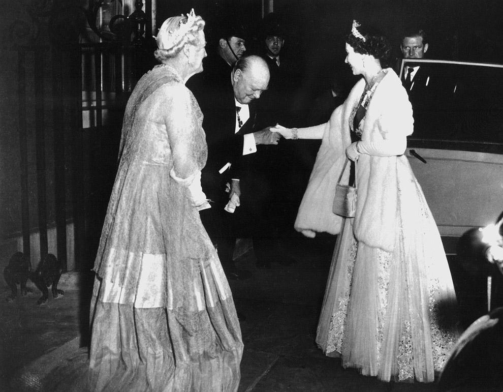 Queen Elizabeth II_06