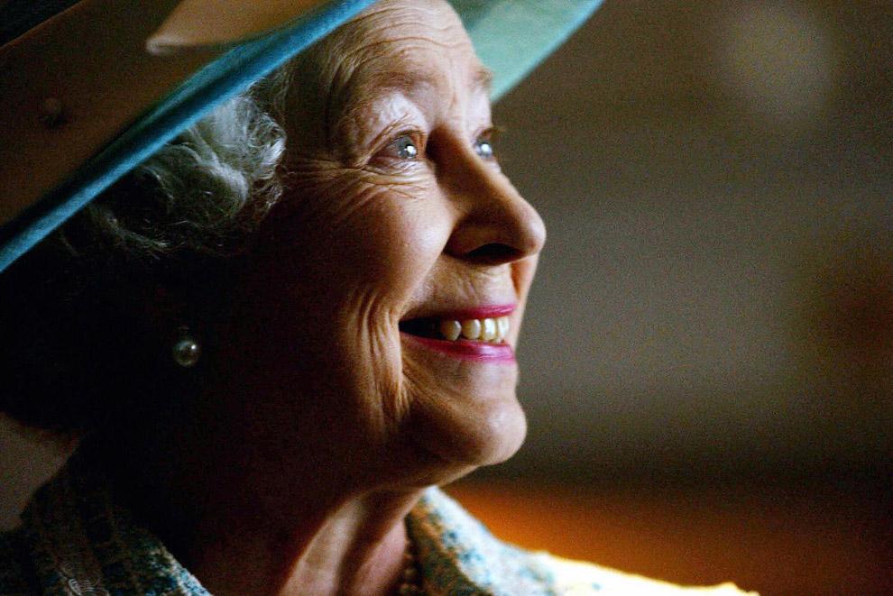 Queen Elizabeth II_17