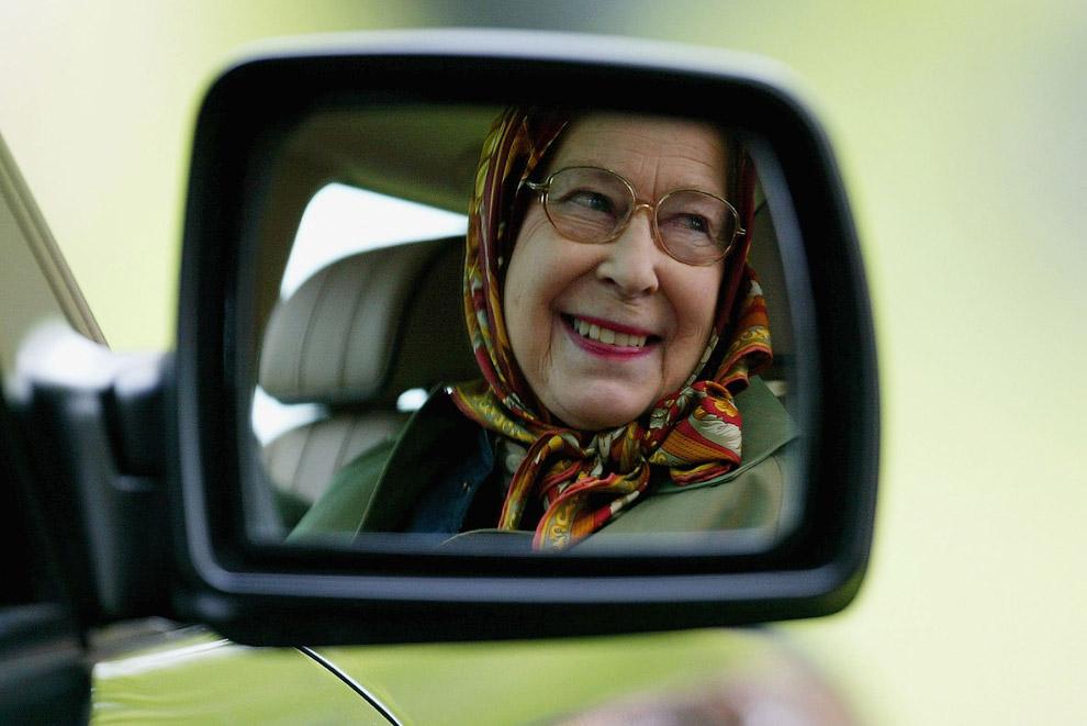 Queen Elizabeth II_18