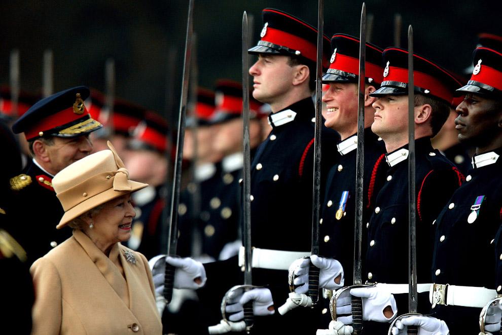 Queen Elizabeth II_20